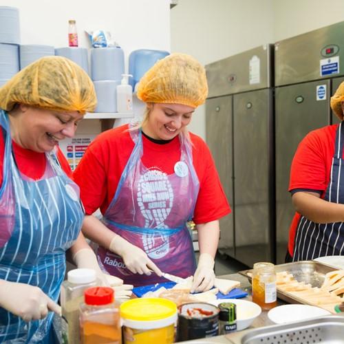 Soup Kitchen Near Me: Soup Kitchens Volunteer London